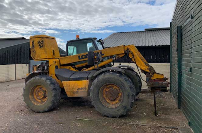 THAMES VALLEY POLICE SEIZE JCB TELEHANDLER DURING A MODERN DAY SLAVERY INVESTIGATION